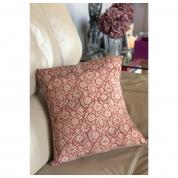 Coussin Motifs Indien blockprint rouge floral beige