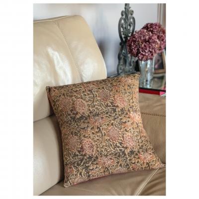 Coussin Motifs Indien blockprint beige ocre grosses fleurs